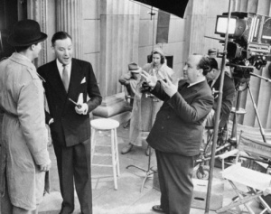 Hitch on set.
